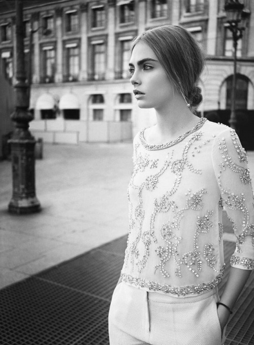 snow-fairies:  Cara Delevingne