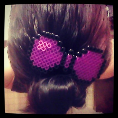 So in love with my pixelated bow!! Definitely going to be making more of these (: