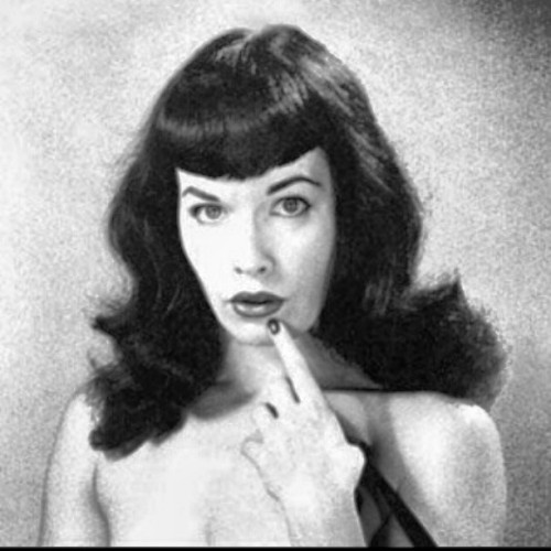 How could you not love her? #DarkAngel #BettiePage #love