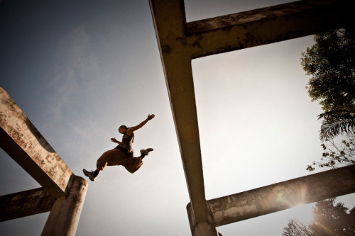 (via Andy Day: Documenting the high-flying world of parkour (PHOTOS).)