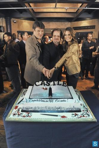 winedineandsixtyfuckingnine:  Castle - 100th Episode Celebration