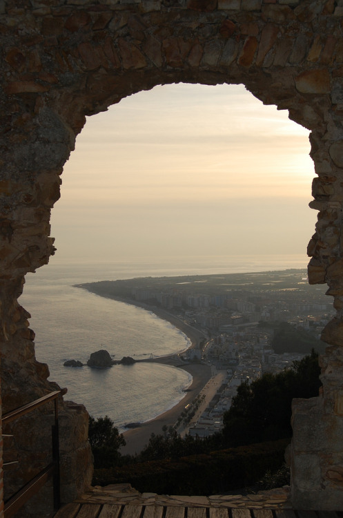 travelingcolors:  The Coast of Blanes, Girona (by Alaine Crash)