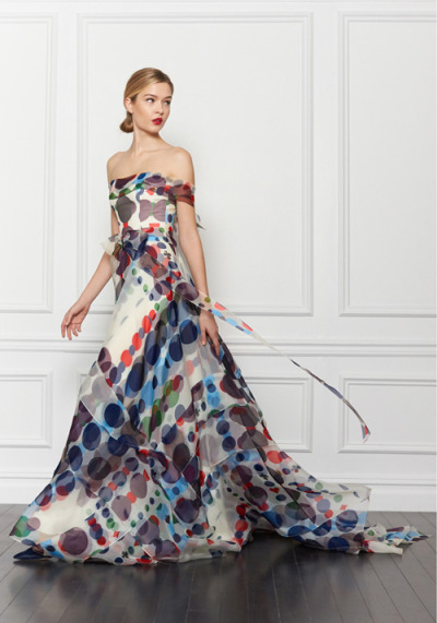 I have fallen hard for this Carolina Herrera gown.