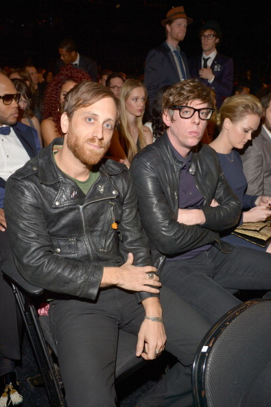 danedict-whishbach:  reasons to love the black keys they dgaf they are there for the free food they dont even listen to most of these bands they didnt even dress up