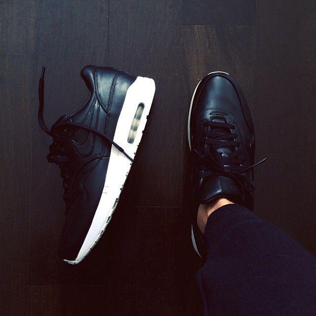 Nike Air Max Women Black Tumblr