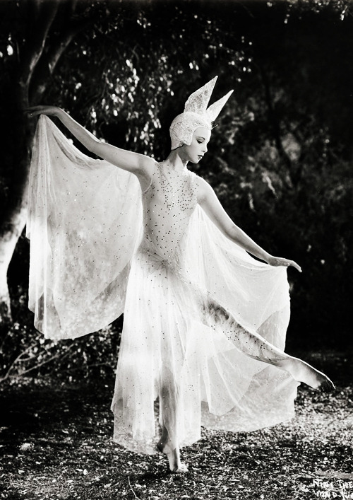 vintagegal:  Nini Theilade in A Midsummer Night's Dream (1935)