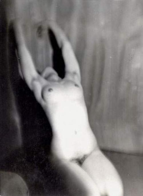 regardintemporel:  Germaine Krull - Nu féminin, 1928