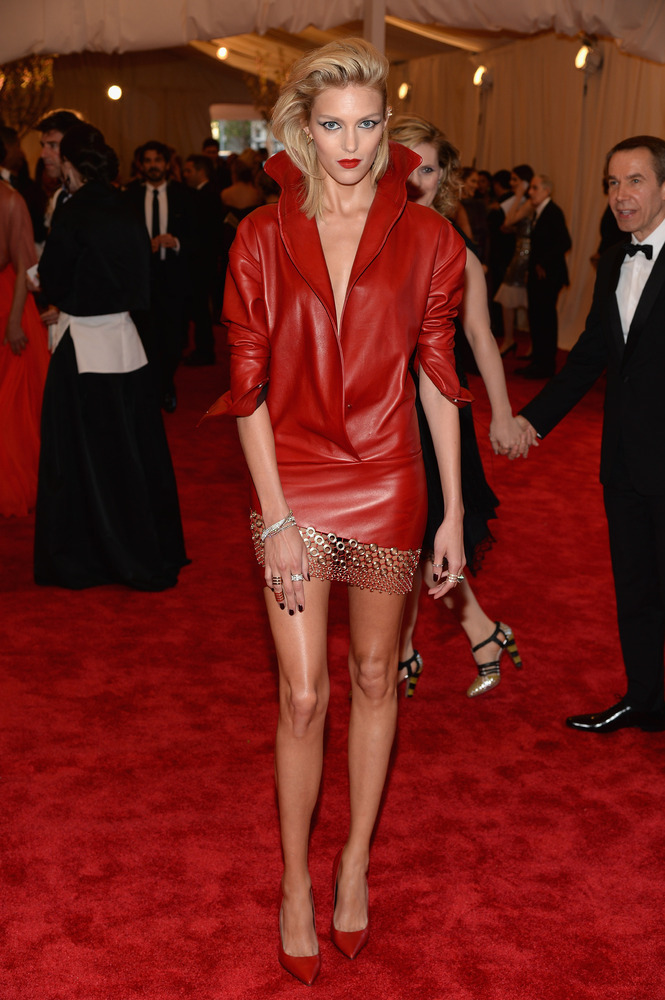 madame-deficit:  Anja Rubik at The MET Gala 2013.