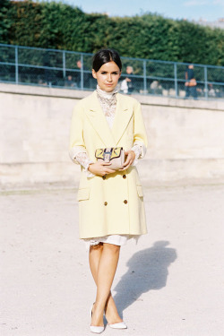 what-do-i-wear:  Beautiful Miroslava Duma, Tuileries, Paris, October 2013. (image: vanessajackman)