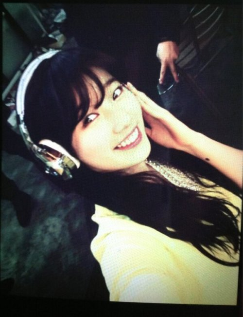 Suzy's twitter: 몰라 알수가 없어 ~~~#^+>£ Trans: Don't know can't know ~~~#^+>£