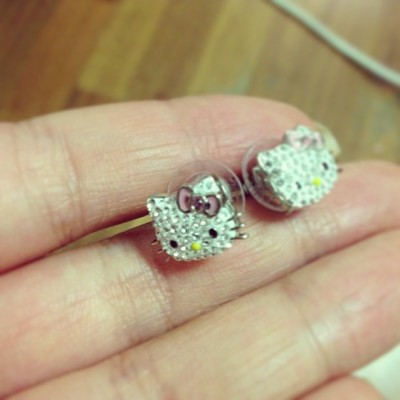 #hellokitty #swarovski #cute #earrings