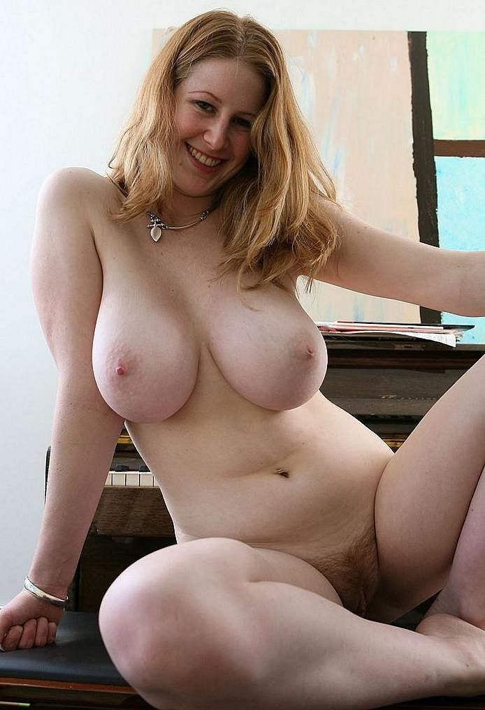 strokemypuss:  Sunday's boobs of the day! 2 :-) http://strokemypuss.tumblr.com