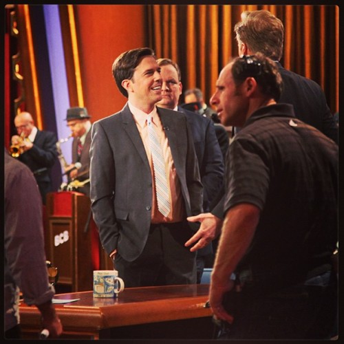 teamcoco:  Ed Helms talking to Conan during commercial break. #EdHelms #CONAN #thehangover (at Warner Bros Stage 15)  I love the Ed/Andy juxtaposition here.