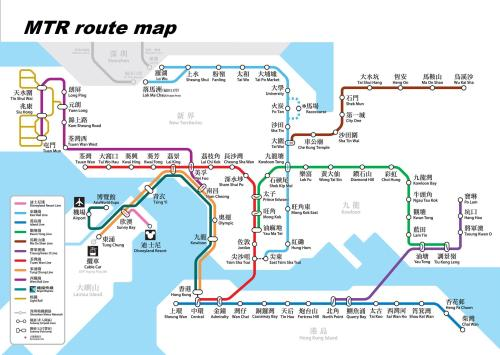 Here's the Hong Kong map with chinese characters. Easier or harder to read?