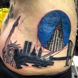 Finished the New York piece today .. Well Appy with it !! #skunx #skunxtattoo #newyork #chryslerbuilding #tattoo #tattoos  (at Skunx Tattoo)