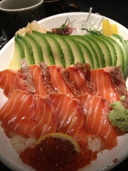 prettygirlfood:  Salmon donburi at Sushi Yasaka. Upper West Side, NYC.