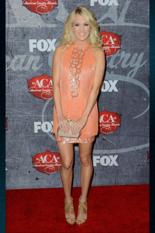 Carrie Looks Flawless from head to toe!!