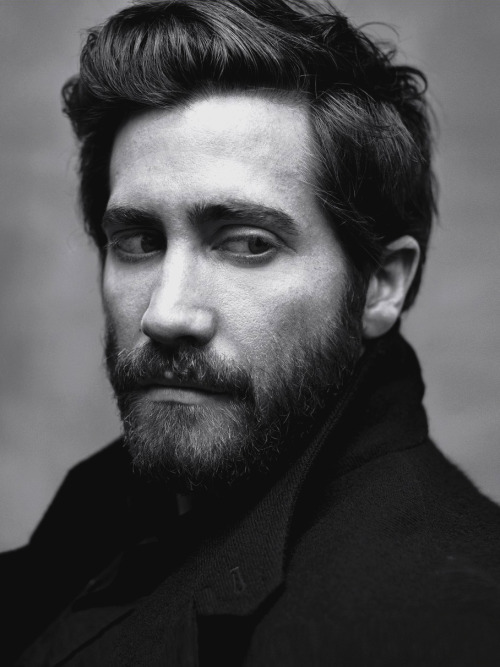 The 100 Sexiest Men Alive - 2013. 2. Jake Gyllenhaal.