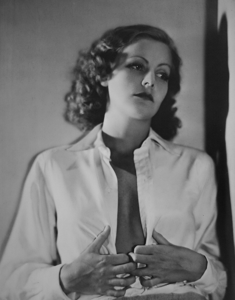 osmosis-art:  Greta Garbo, 1929 by Nickolas Muray