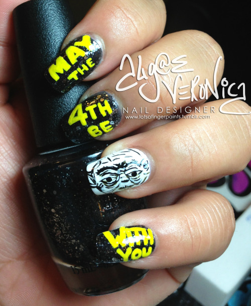 Had to make this nail art a quicky, but couldn't miss out on Star Wars day! May the 4th be with you!