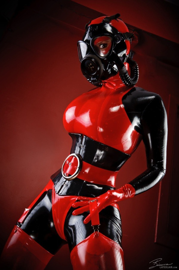 Delicious #latex #cosplay for u rubber pervs