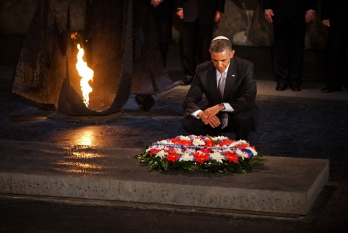 Obama tours the Hall of Names at the Yad Vashem Holocaust Museum in Jerusalem, alongside Avner Shalev [right], Chairman of the Yad Vashem Directorate, and Israeli Prime Minister Benjamin Netanyahu. (Photo: Saul Loeb / AFP-Getty via NBC News)