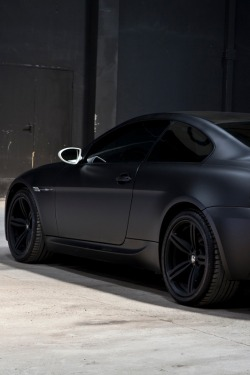 b-laise:  drugera:  BMW M6  i luv matt colors on cars