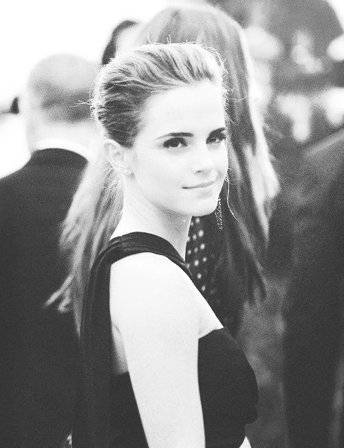 unfoldedsouls:  Emma Watson at the 2013 Met Gala