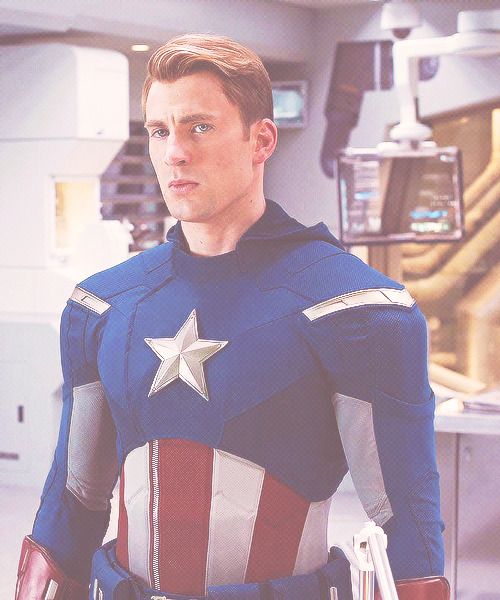 be3everycolorthatyouare:  Chris Evans | via Tumblr on We Heart It.