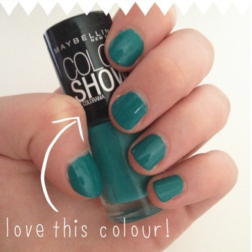#notd Maybelline Colour Show in Urban Turquoise #nails #bbloggers #ABeautifulMess