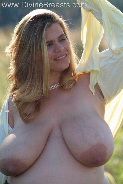 Divine breasts alice 85jj