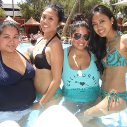 With these sexy ladies… @knica516 @justdiz518 @tinyfit143  (at Treasure Island - TI Hotel & Casino)