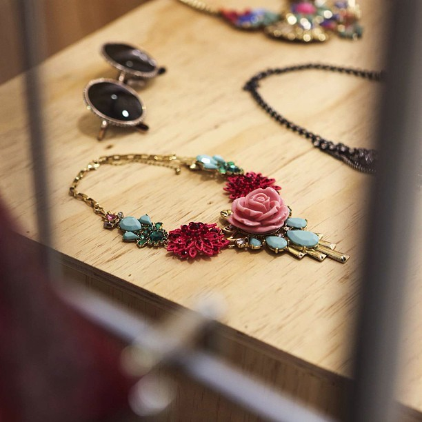 thekablamocollective:  #Roses #jewellery @bershka #fashion #pressday #event
