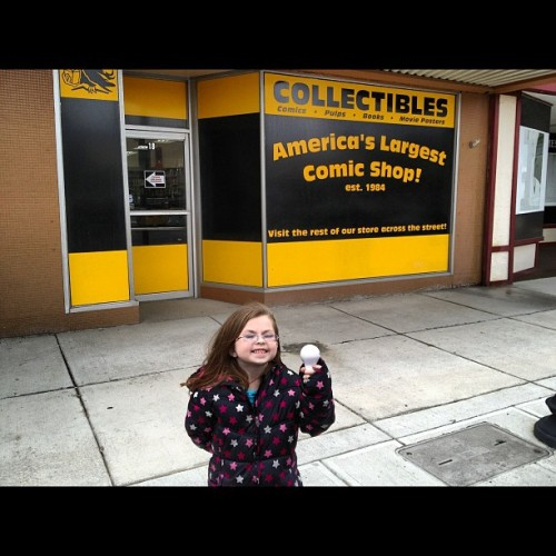 I'm back and at the #comicshop with my daughter. #lcs #newcomics #comics #comicbooks #comicbooklegion