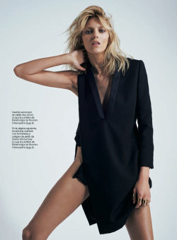 prettylittlecravers:  Anja Rubik by Eric Guillemain for S Moda, April 2013