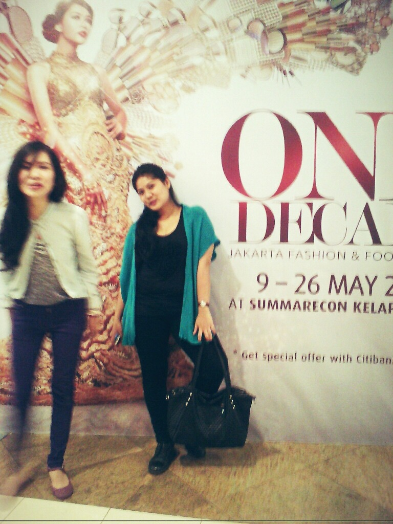 Soulmate oon hahahahaha with rintan at Summarecon kelapa gading – View on Path.