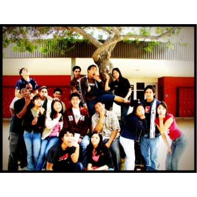 Ultimate #TBT to high school days✌.   #afterschool#fun#friends#oldschool