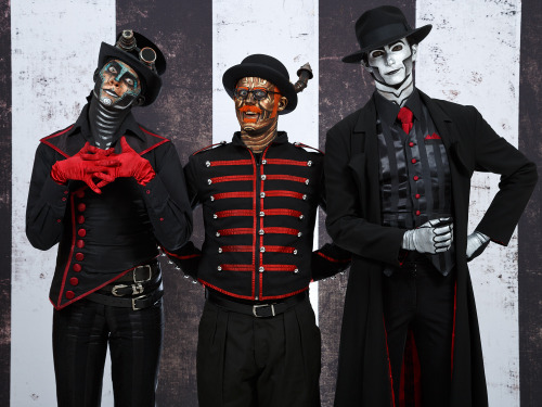 I had a great time doing photo ops with Steam Powered Giraffe at WWWC today! Thanks to everyone who came!