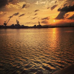 bezwickk:  As the sun sets on Pearl Harbor… #pearlharbor #ocean #sunset #ship #sun #harbor