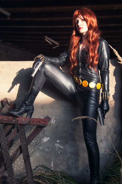 asknatromanov:  Black Widow by NatRomanov Photographer: Schnotte  Brilliant Black Widow Cosplay by NatRomanov