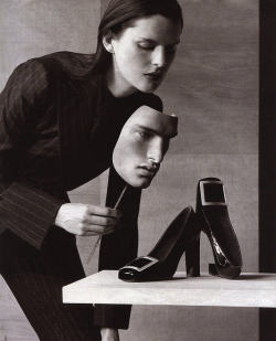 saloandseverine:  Yves Saint Laurent Fall 1999 Stella Tennant by  Philippe Cometti