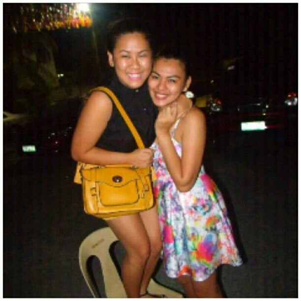 Tungtungan kay para matupungan. I loveee yerrr bestfriend!!! @cheche08 ..thanks @majkriz for the photo!!!! labeeet