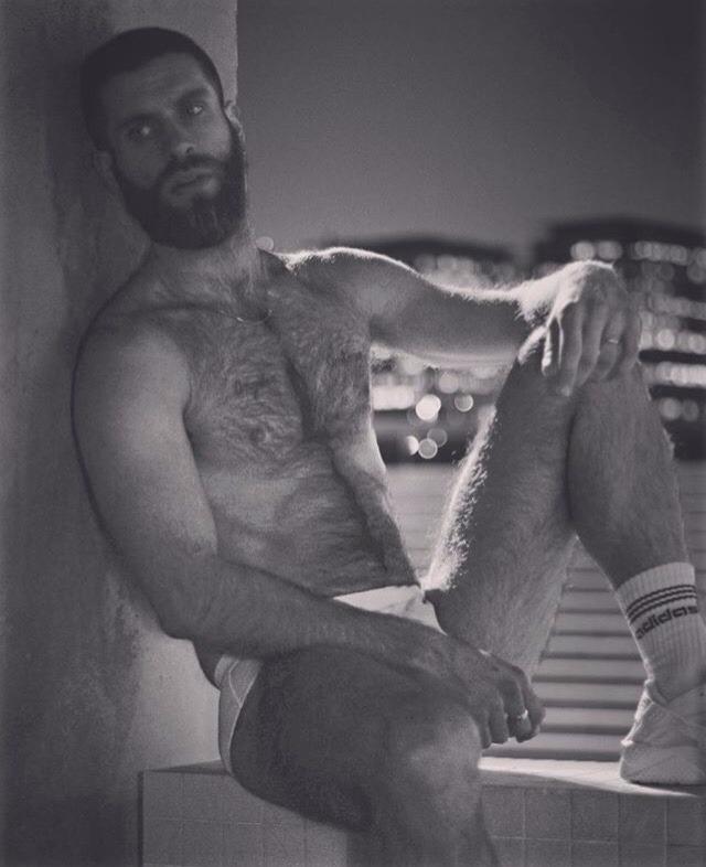 2018-11-21 00:55:12 - ckatarn instagram beardburnme http://www.neofic.com