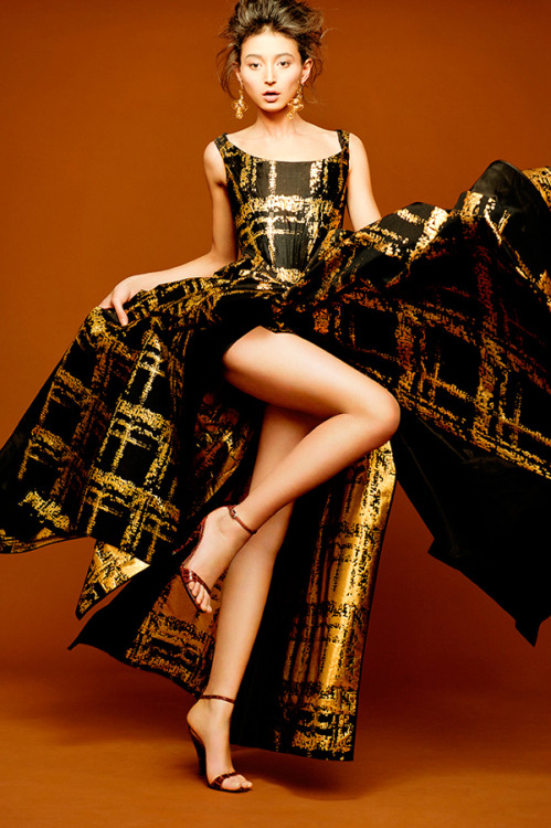 notordinaryfashion:  stormtrooperfashion:  Vivienne Westwood Couture Lookbook AW 2012  Love