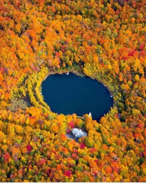 quebec canada lake nature autumn