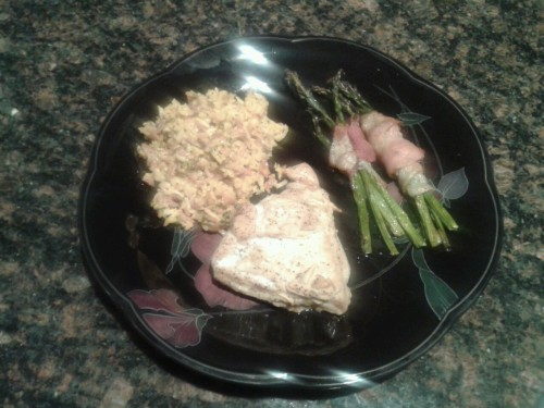 Broccoli/cheddar riceWhite wine soaked garlic chickenBacon wrapped asparagus I would just like to remind y'all that I'm really good at food TIANA OUT