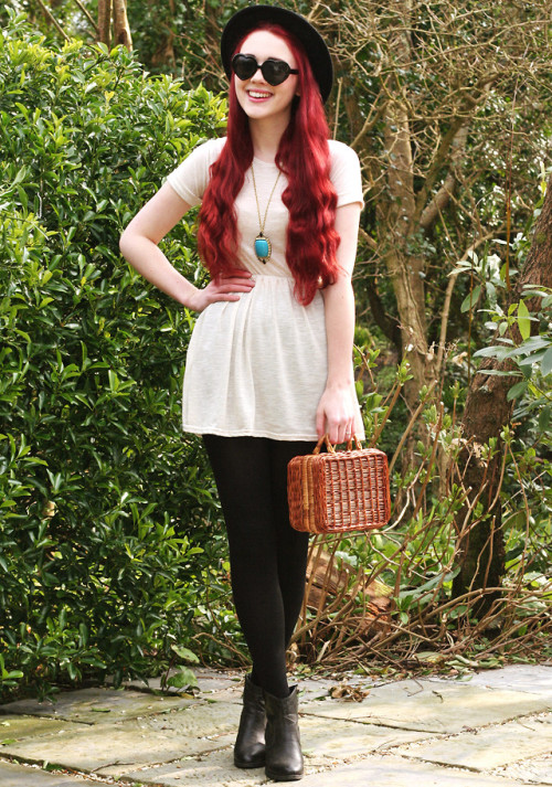lookbookdotnu:  Somewhat Springlike. (by Megan McMinn)