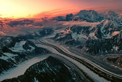"I love to travel, today I'm dreaming… ""Tokositna Glacier - Alaska, USA"""