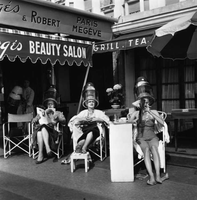 Just a Tuesday afternoon.. Photo: Cannes open air salon, 1959; Vanity Fair