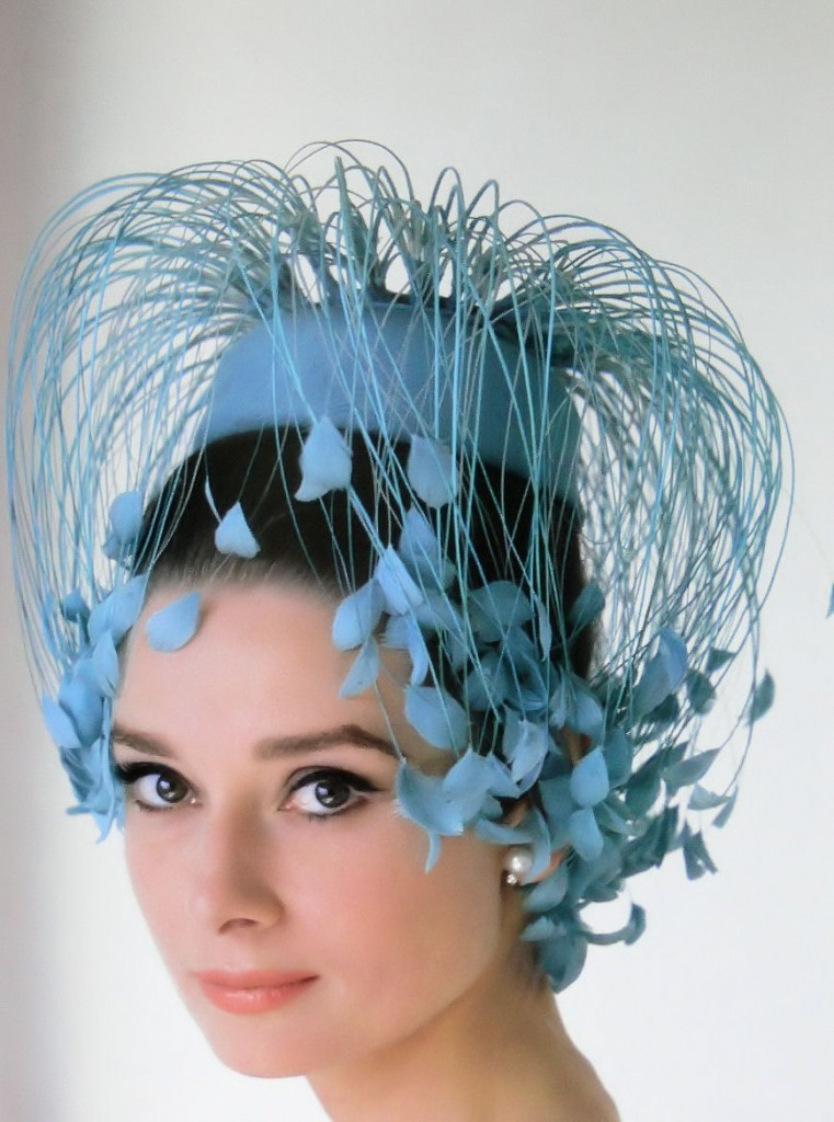 sissydudeomen2:  (via audrey hepburn in hats…)